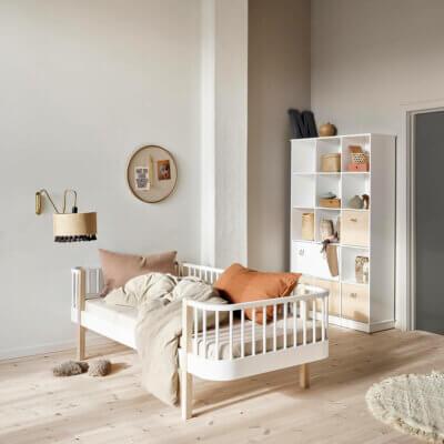 Oliver furniture Wood day bed 041321_041328