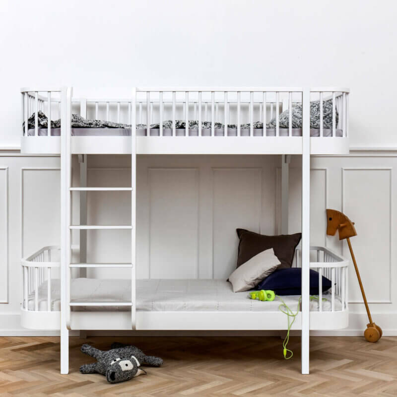 Oliver Furniture Etagenbett Wood weiss Leiter vorne