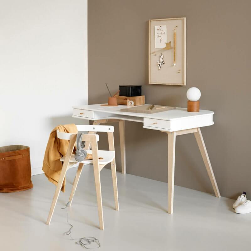 Oliver Furniture Schreibtisch Wood & Armstuhl