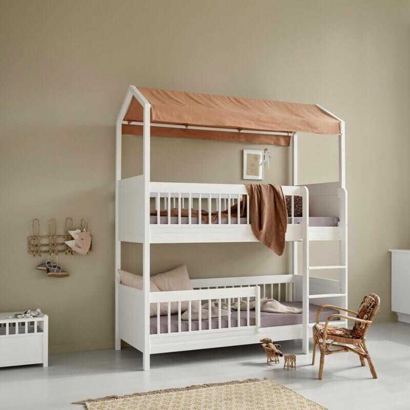 Lille+ halbhohes Etagenbett mit Himmelgestell und Stoffdach