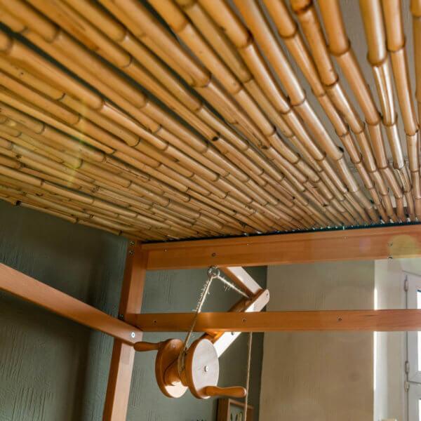 Dach vom Bruno's Baumhausbett natur