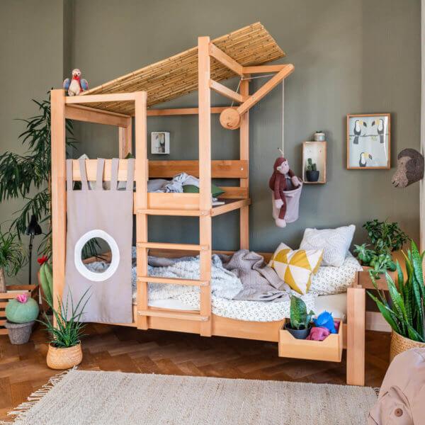 Bruno's Baumhausbett natur im Kinderzimmer