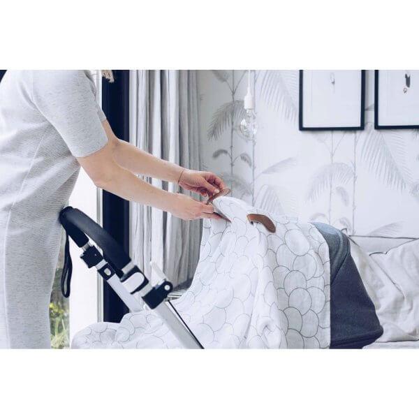 Cloby Swaddle & Magnet Clip Leder braun/Canvas grau