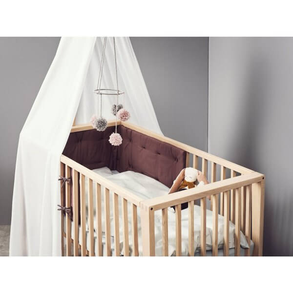 Leander Linea Babybett Ambiente mit Himmel